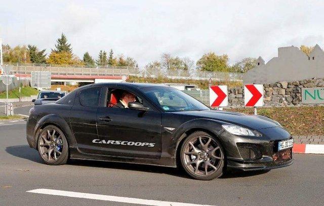 Фотошпигуни показали нову спортивну Mazda  - фото 294363