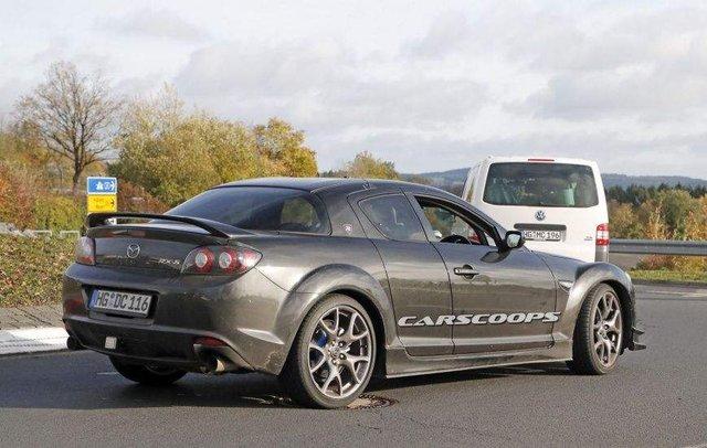 Фотошпигуни показали нову спортивну Mazda  - фото 294364