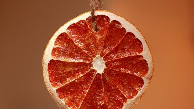 Цей фрукт – справжня вітамінна бомба  - фото 294371