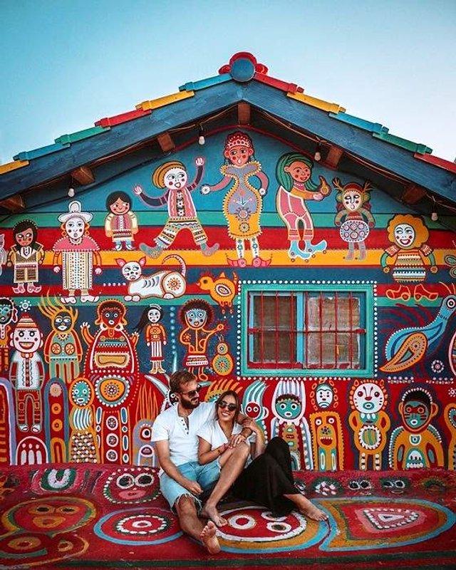 96-річний художник врятував від зникнення ціле село - фото 294971
