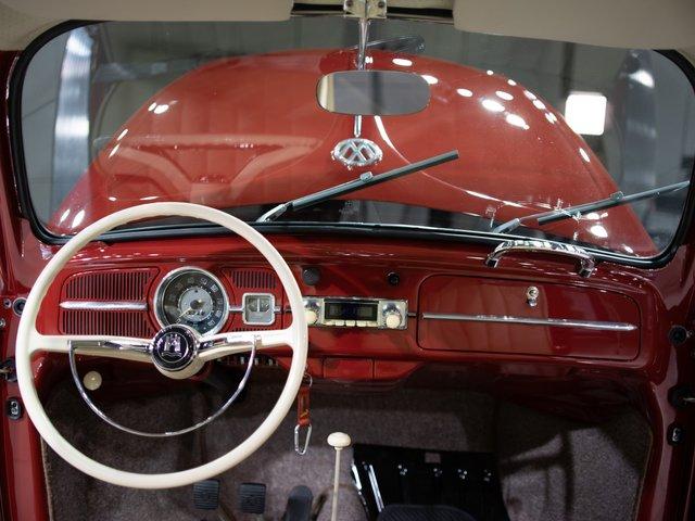 Відреставрований Volkswagen Beetle  - фото 295278