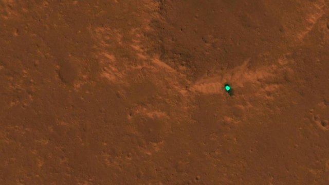 NASA оприлюднило нові фото поверхні Марса - фото 295356