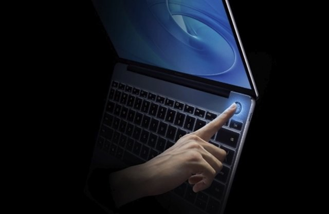 Huawei представив ноутбук MateBook 13 - фото 295711