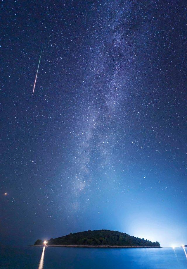 Неймовірні фото Чумацького шляху у небі над Хорватією - фото 296037