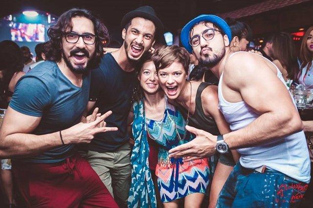 Новорічна вечірка у компанії 'іноземних' друзів - фото 296067