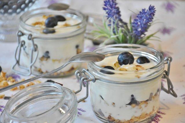 Корисні властивості йогурту - фото 296078