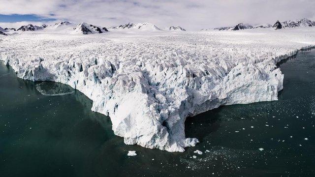 Дика природа Арктики у вражаючих фото мандрівника - фото 296088