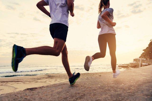 Легкі заняття спортом допомагають нормалізувати тиск - фото 296526