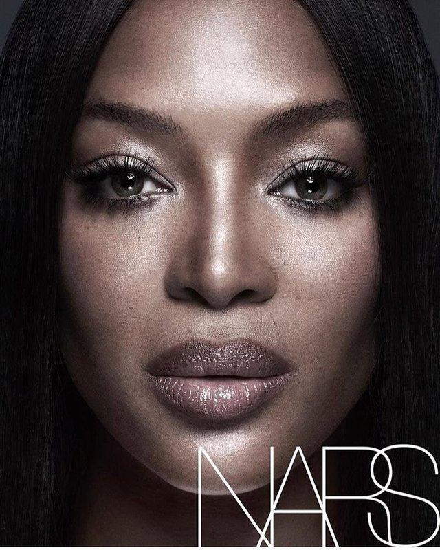 Це не перша співпраця Наомі з NARS - фото 296596