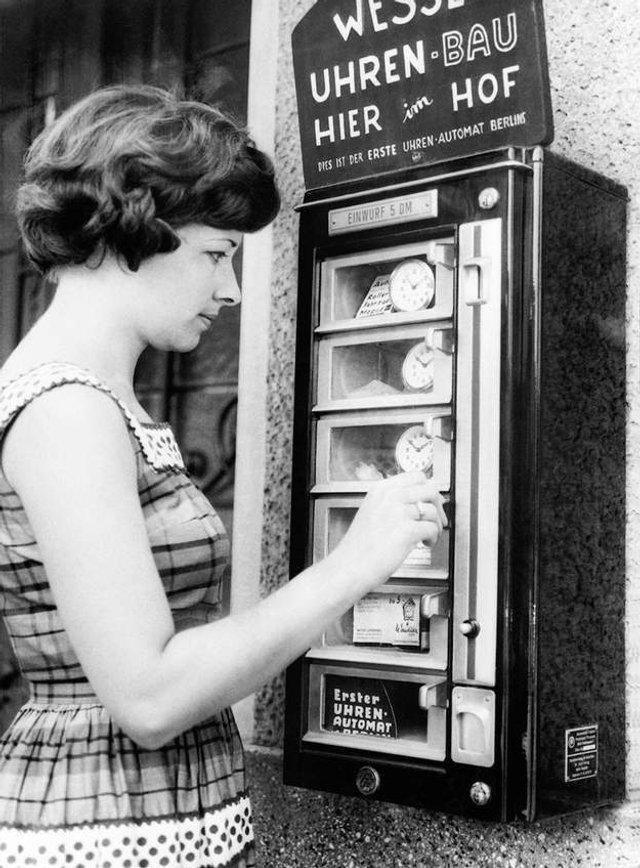 Так виглядали перші торгові автомати у США - фото 297138