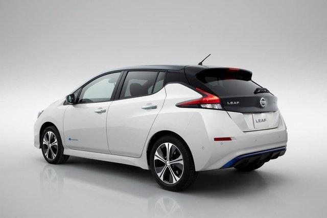 Українці можуть купувати електромобілі без акцизу до 2022 року - фото 297545