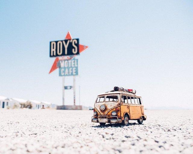 Мініатюрні авто у захопливих фото Кім Леенбергер - фото 297575