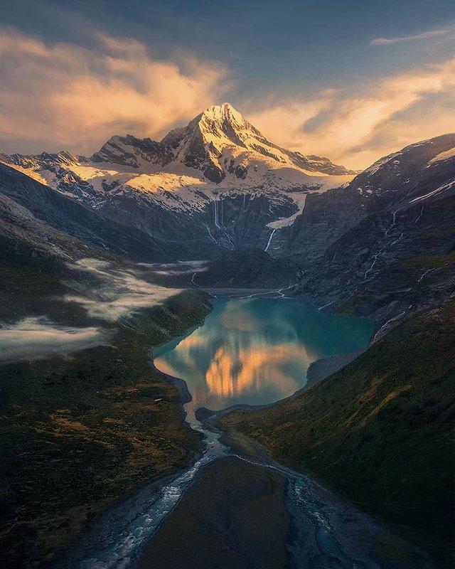 Ефектні пейзажі світу від Марка Адамуса: яскраві фото - фото 297610