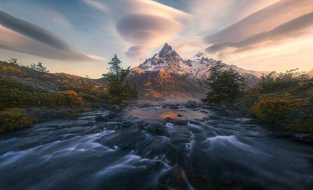 Ефектні пейзажі світу від Марка Адамуса: яскраві фото - фото 297621