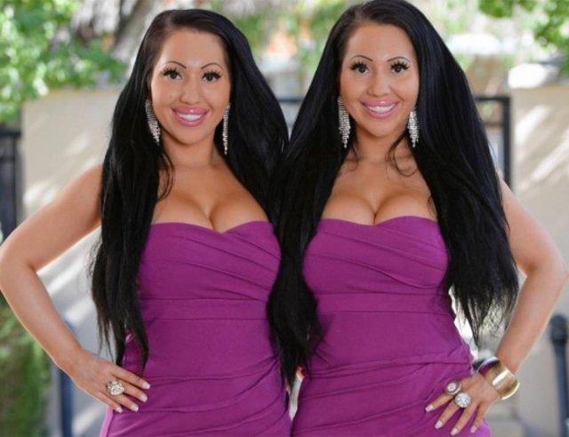 Найбільш схожі близнючки у світі виходять заміж за одного чоловіка - фото 297750