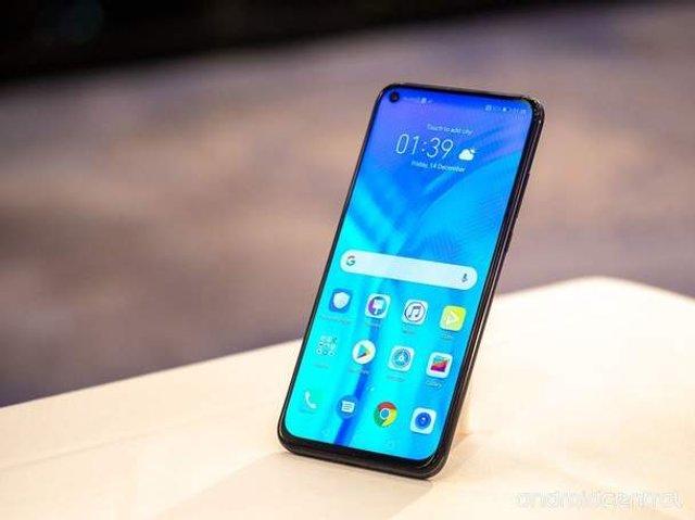 Honor представив новий флагманський смартфон - фото 297766