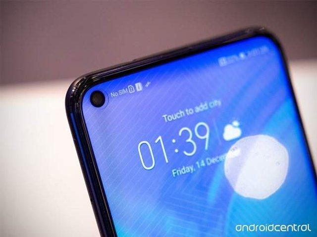 Honor представив новий флагманський смартфон - фото 297767