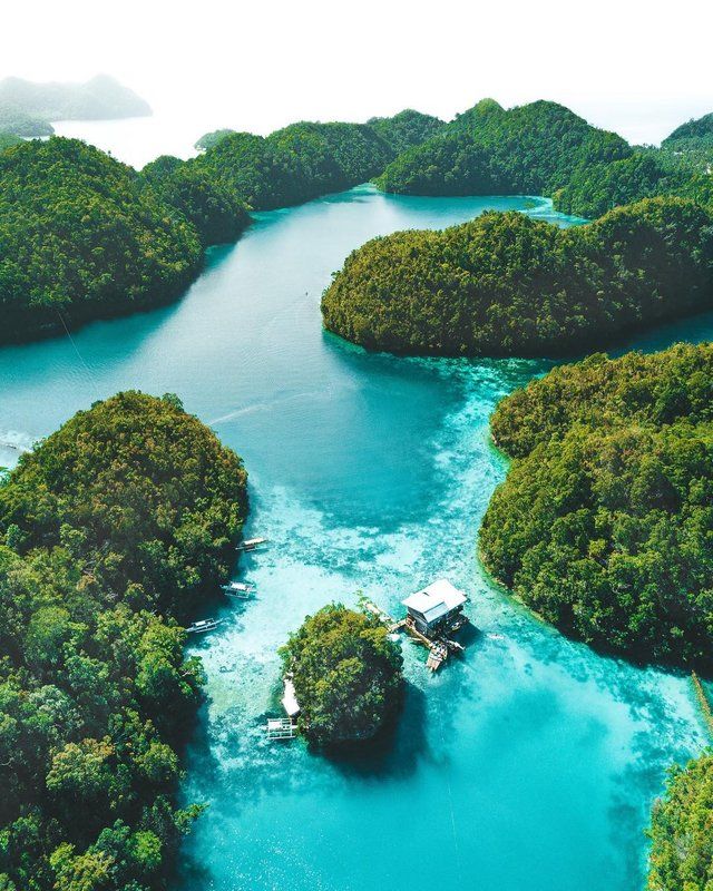 Фото яскравих пейзажів світу, які надихають на мандри - фото 297842