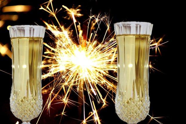 Новорічне шампанське - фото 297875