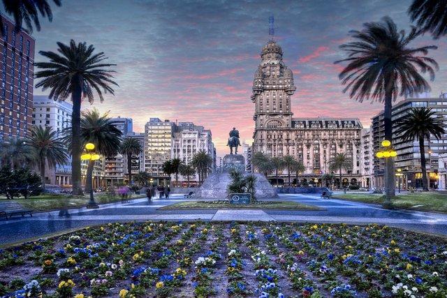Українці зможуть помандрувати до Уругваю без візи - фото 298170