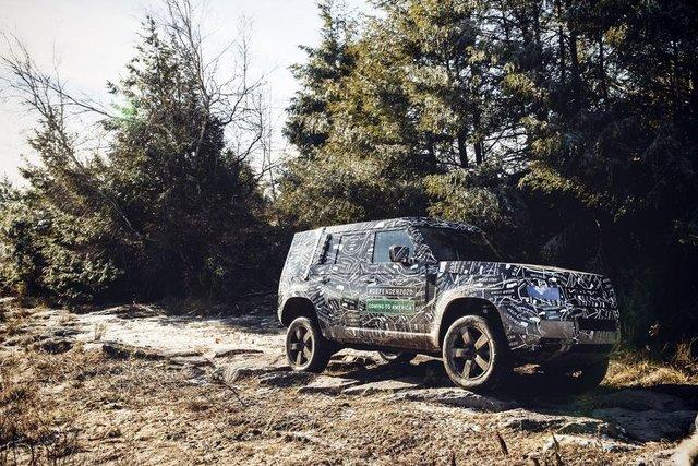 Тестування нового Land Rover Defender - фото 298216