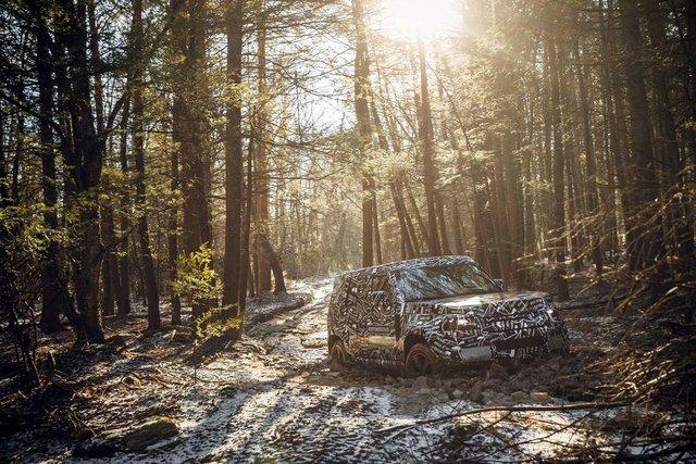 Тестування нового Land Rover Defender - фото 298219