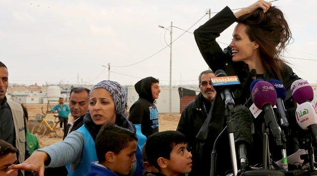 Анджеліна Джолі має намір йти в політику - фото 298296
