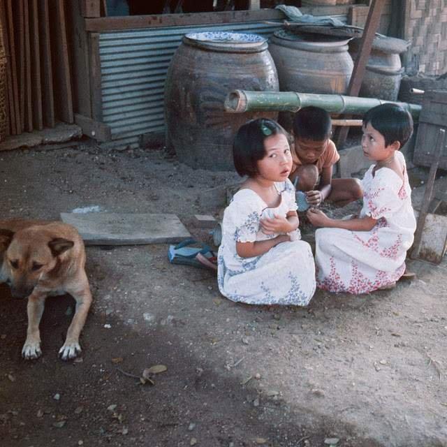 Як виглядали вулиці і жителі Таїланду 40 років тому - фото 298341