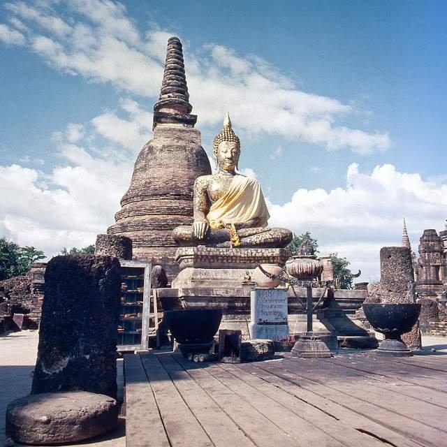 Як виглядали вулиці і жителі Таїланду 40 років тому - фото 298347
