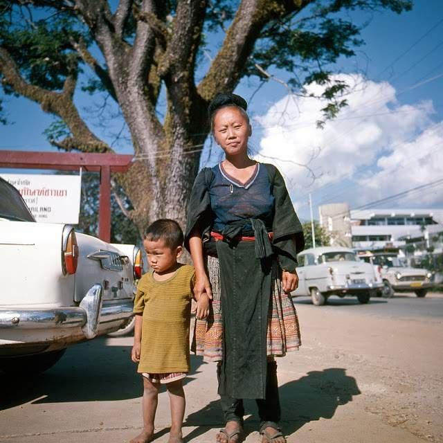 Як виглядали вулиці і жителі Таїланду 40 років тому - фото 298348