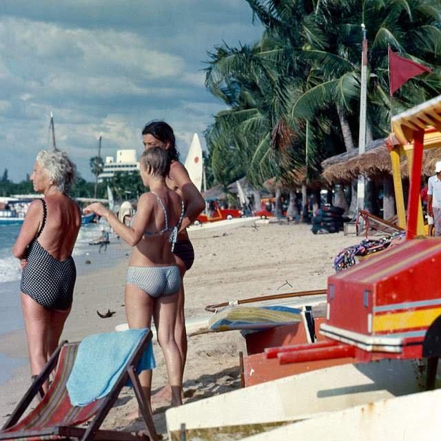 Як виглядали вулиці і жителі Таїланду 40 років тому - фото 298350