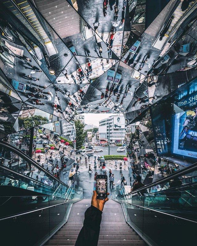 Захопливі вуличні фото Японії Такеші Хаякави, які заворожують - фото 298518