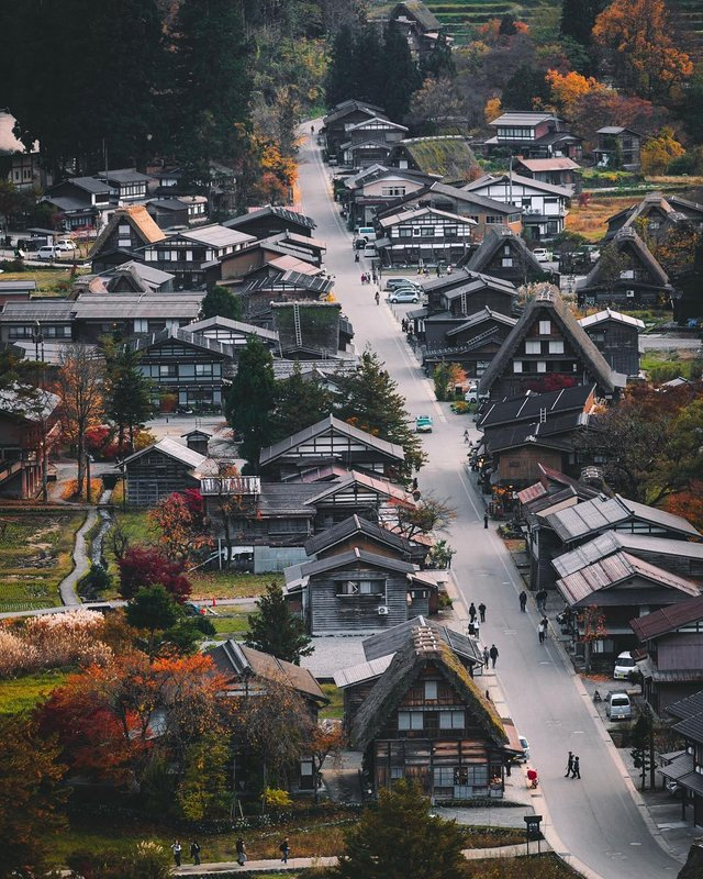 Захопливі вуличні фото Японії Такеші Хаякави, які заворожують - фото 298528