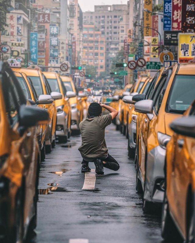 Захопливі вуличні фото Японії Такеші Хаякави, які заворожують - фото 298530