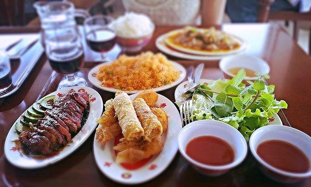 Скільки можна зберігати їжу після свят - фото 298582