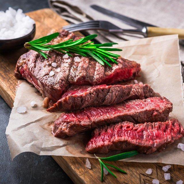 М'ясо варто їсти через день - фото 298796