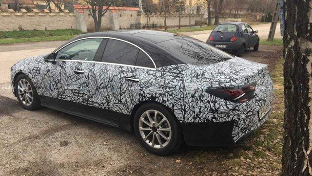 З'явилися живі фото оновленого Mercedes-Benz CLA - фото 298977