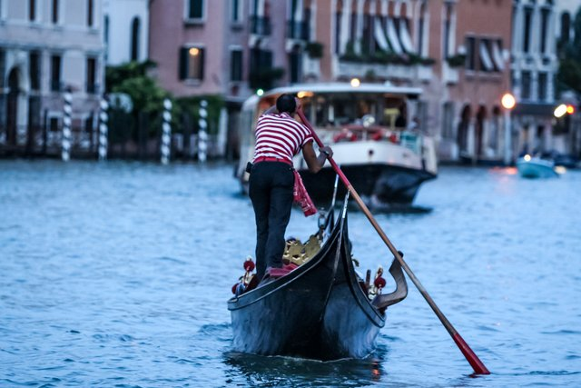 Відвідувачам Венеції доведеться платити податок - фото 299018
