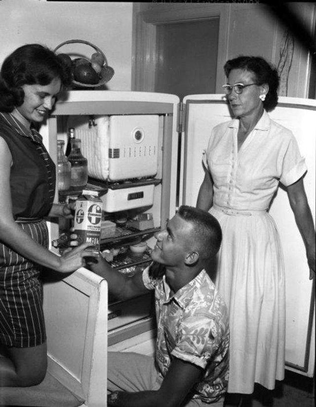 Що зберігалося в холодильниках американців у 1950-х - фото 299058