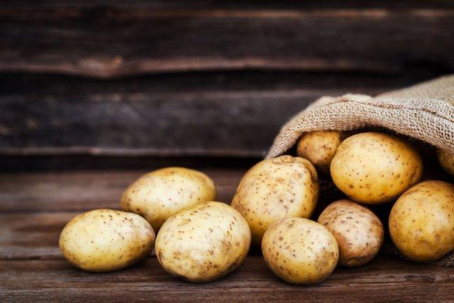 Картопля зберігається приблизно півроку - фото 299095