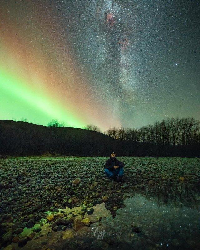 Неймовірна краса полярного сяйва: захопливі фото і відео - фото 299226