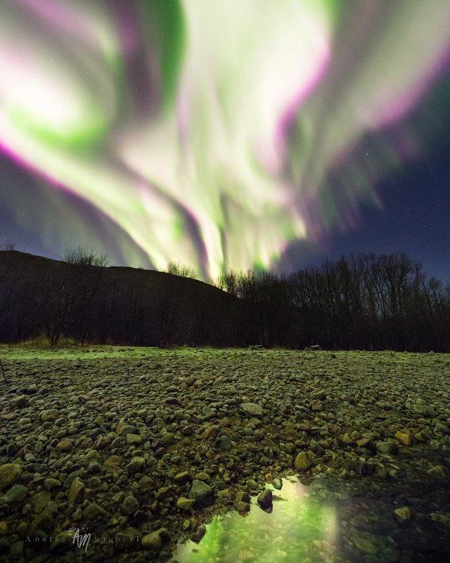 Неймовірна краса полярного сяйва: захопливі фото і відео - фото 299227
