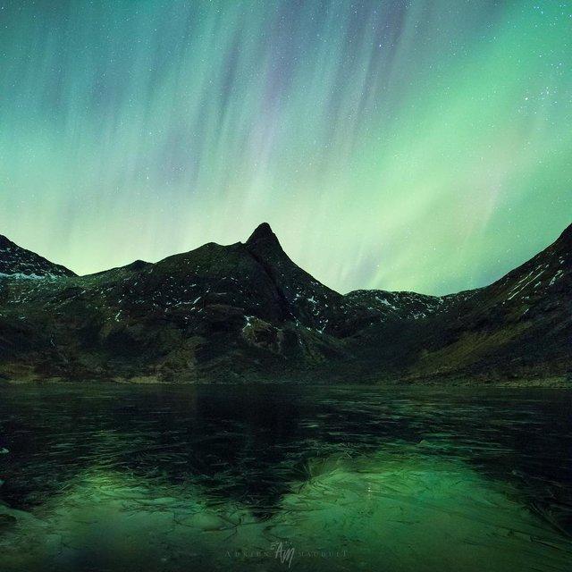 Неймовірна краса полярного сяйва: захопливі фото і відео - фото 299237