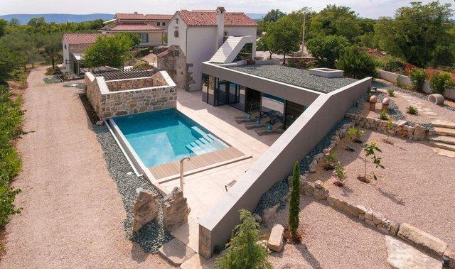 Ідеальний дім для родини у Хорватії: яскраві фото - фото 299347