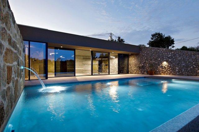 Ідеальний дім для родини у Хорватії: яскраві фото - фото 299355