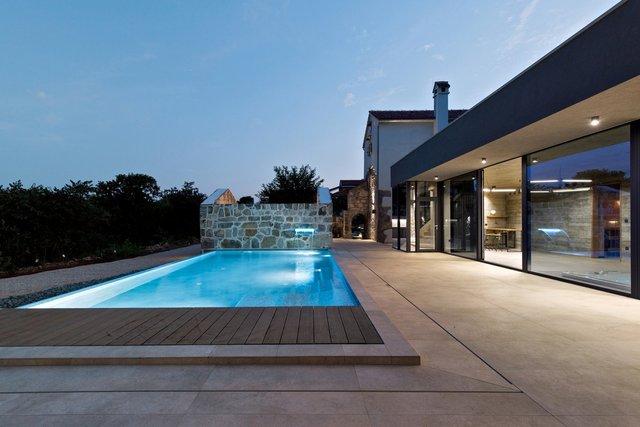 Ідеальний дім для родини у Хорватії: яскраві фото - фото 299357