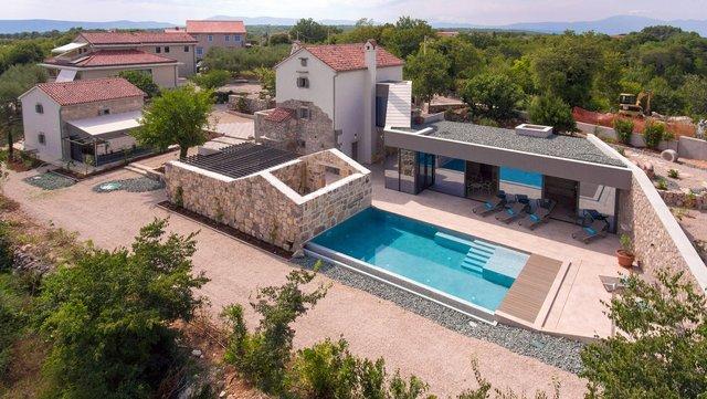 Ідеальний дім для родини у Хорватії: яскраві фото - фото 299358