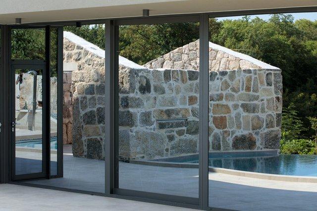Ідеальний дім для родини у Хорватії: яскраві фото - фото 299359