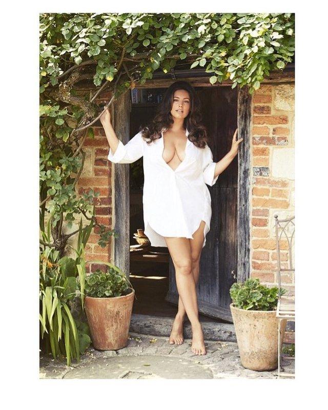 Келлі Брук є володаркою найідеальнішого тіла у світі - фото 299419