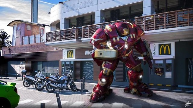 Чим займаються супергерої, коли не рятують світ: епічні фото - фото 299546